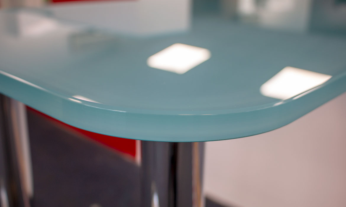 Glass kitche worktop by abc Glass Processing